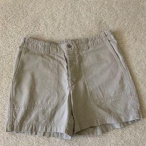 GAP High Waisted 4 Pocket Khaki Shorts Sz 8